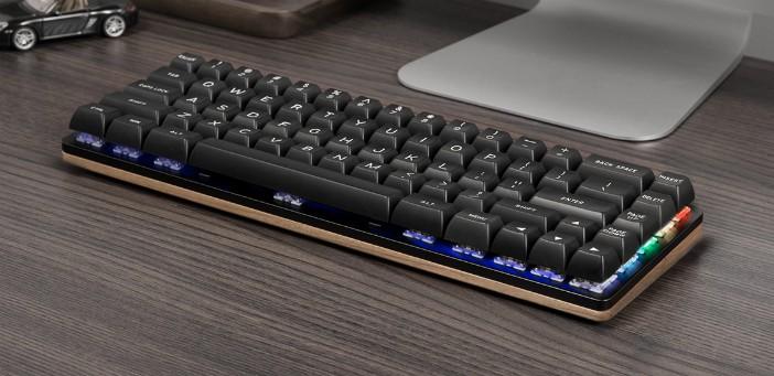 woo-dy mechanical keyboard